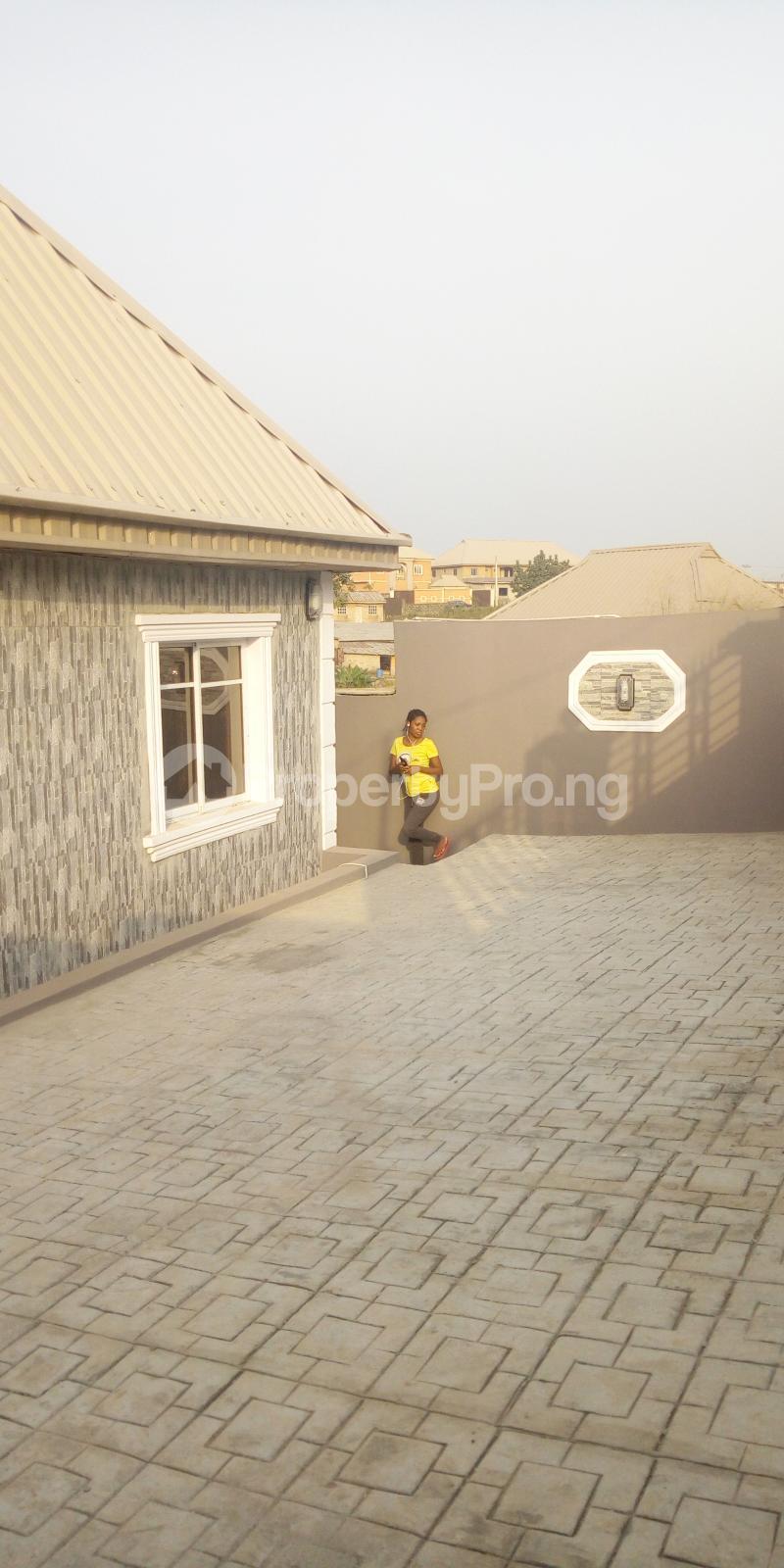 2 bedroom Flat / Apartment for rent - Magboro Obafemi Owode Ogun - 1
