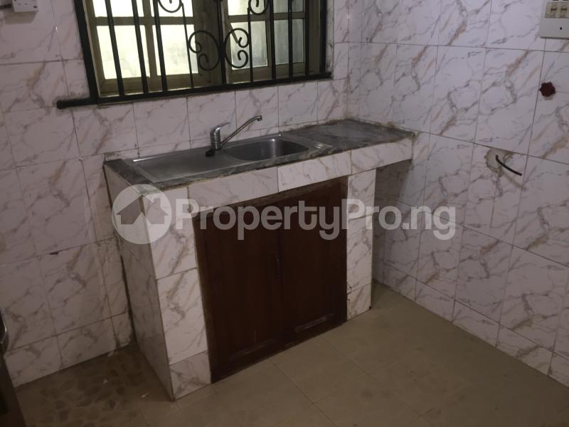 2 bedroom Flat / Apartment for rent Oluwadare  Fola Agoro Yaba Lagos - 11