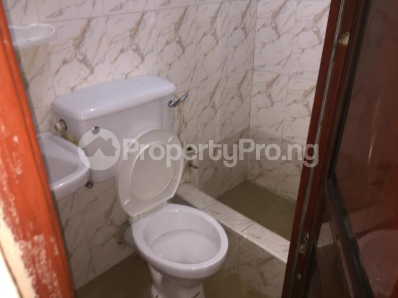 2 bedroom Flat / Apartment for rent Oluwadare  Fola Agoro Yaba Lagos - 13