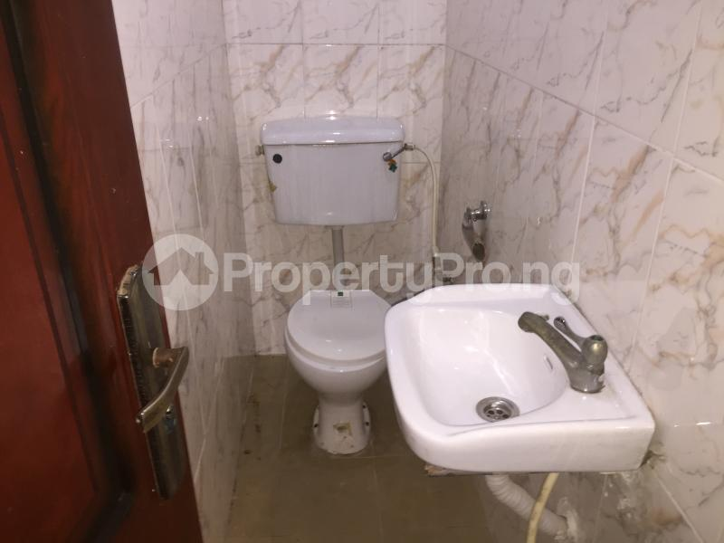 2 bedroom Flat / Apartment for rent Oluwadare  Fola Agoro Yaba Lagos - 9