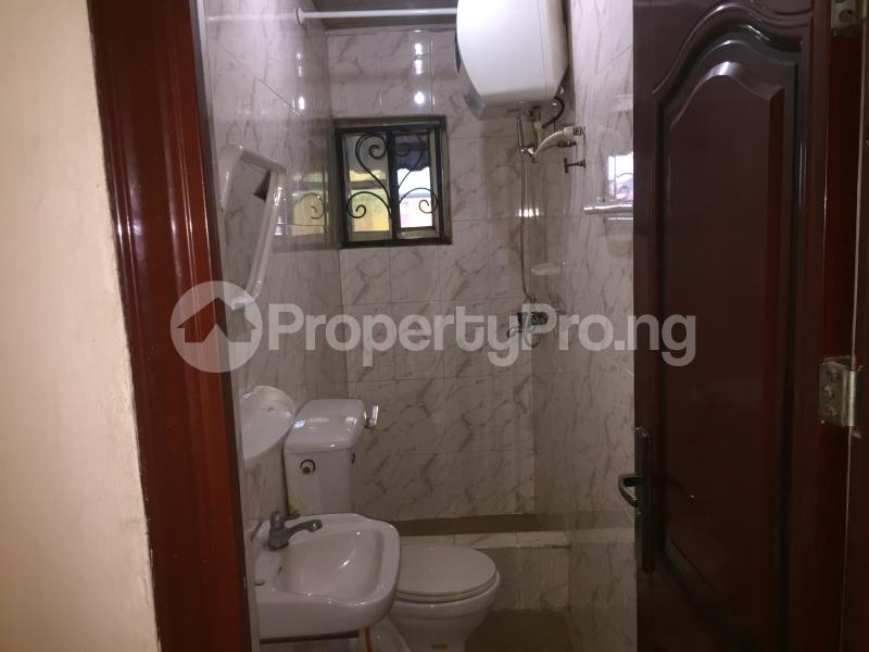 2 bedroom Flat / Apartment for rent Oluwadare  Fola Agoro Yaba Lagos - 10