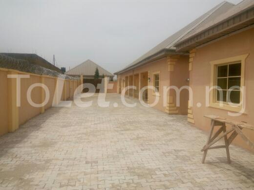 2 bedroom Flat / Apartment for rent yakowa road. Chikun Kaduna - 5