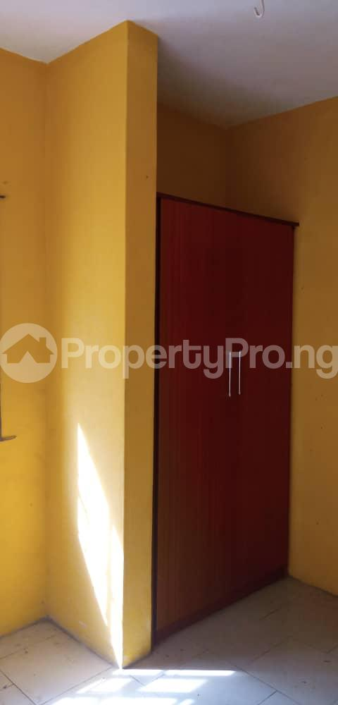 3 bedroom Blocks of Flats House for rent Goodwill estate berger via Ojodu abiodun road off bemil street. Berger Ojodu Lagos - 3