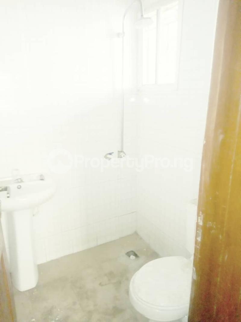 2 bedroom Blocks of Flats House for rent Ogba off Ajayi via Aguda excellence hotel. Oke-Ira Ogba Lagos - 7