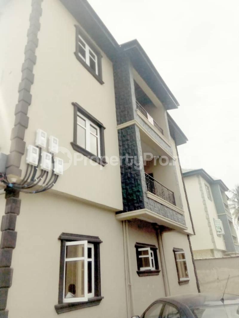 2 bedroom Blocks of Flats House for rent Ogba off Ajayi via Aguda excellence hotel. Oke-Ira Ogba Lagos - 2