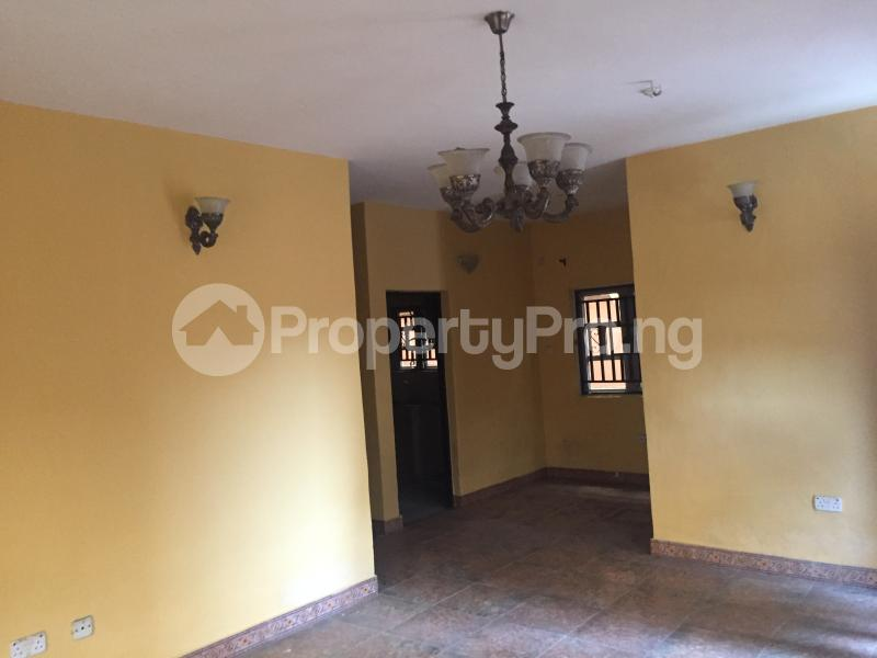 3 bedroom Flat / Apartment for rent Abiodun  Fola Agoro Yaba Lagos - 5