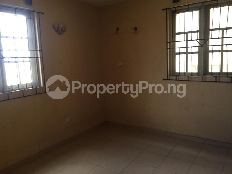 3 bedroom Flat / Apartment for rent Ogungbamila  Akoka Yaba Lagos - 2