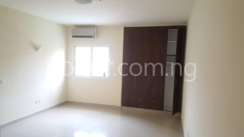 3 bedroom Flat / Apartment for rent - Gerard road Ikoyi Lagos - 3