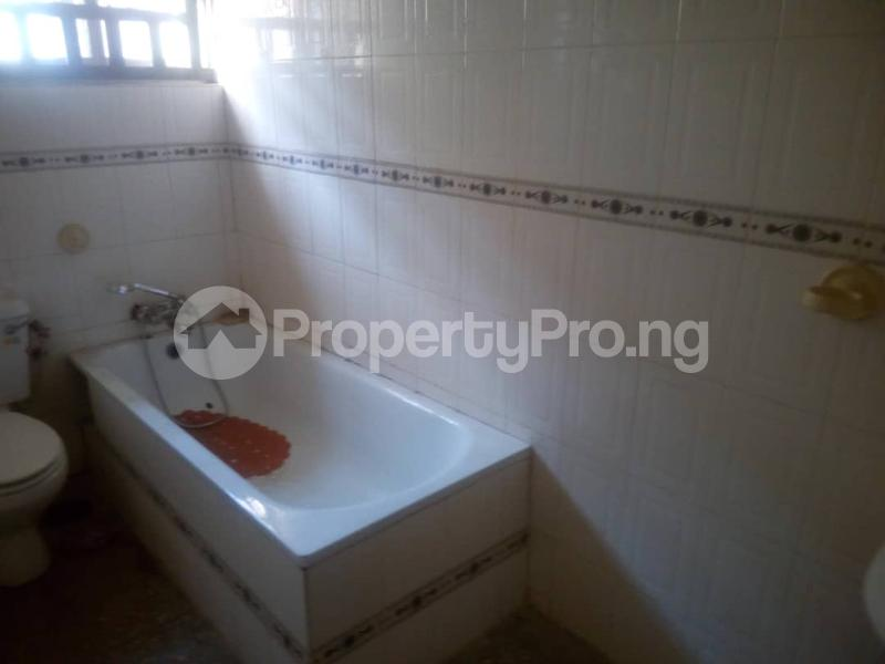 3 bedroom Flat / Apartment for rent Ologolo  Ologolo Lekki Lagos - 2