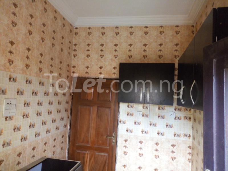 3 bedroom Flat / Apartment for rent - Shomolu Lagos - 7
