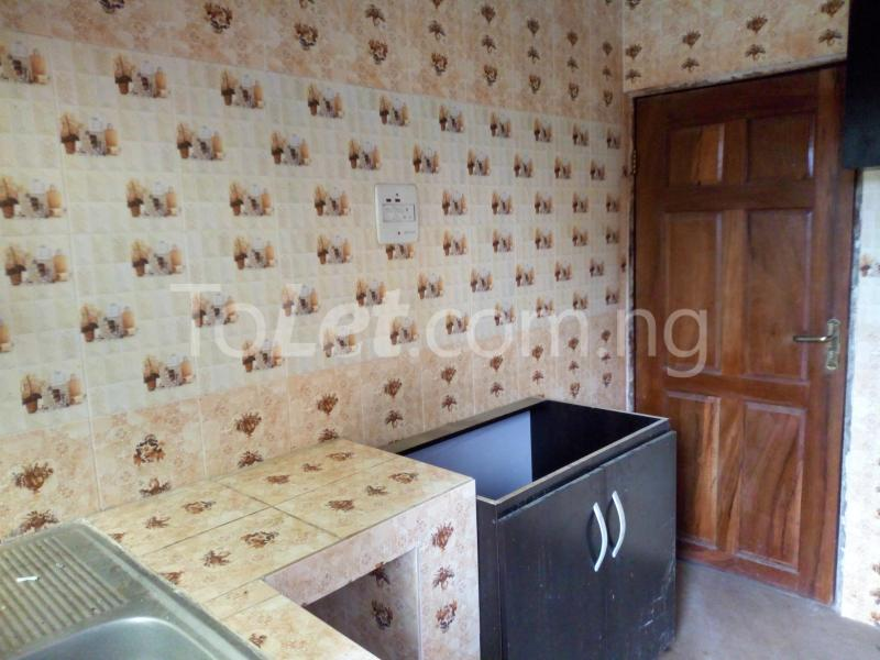 3 bedroom Flat / Apartment for rent - Shomolu Lagos - 6
