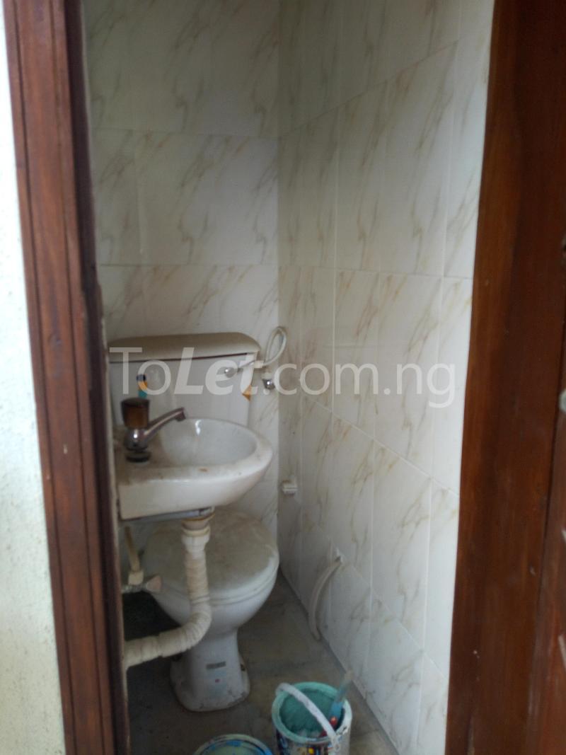 3 bedroom Flat / Apartment for rent - Shomolu Lagos - 8