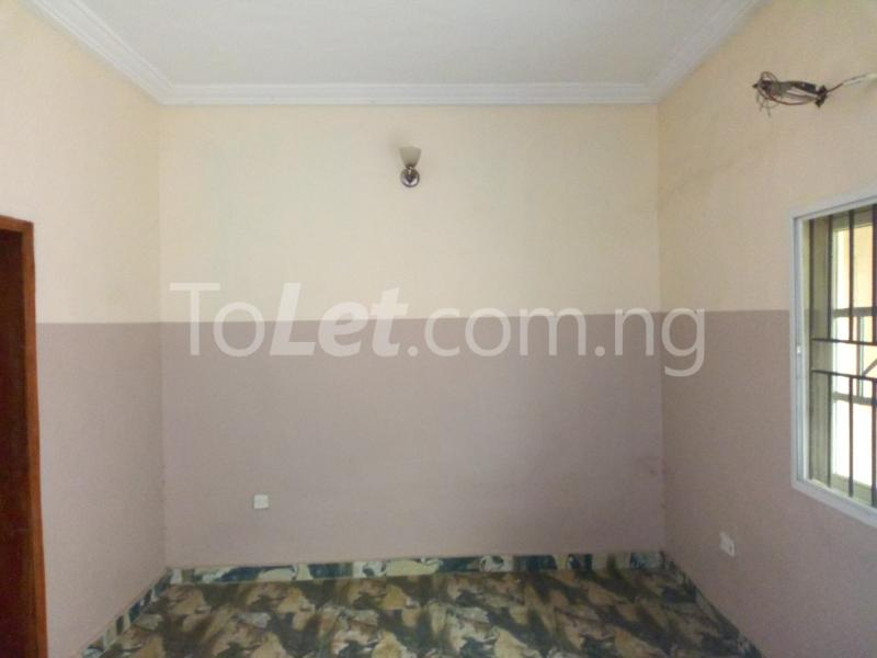 3 bedroom Flat / Apartment for rent - Shomolu Lagos - 1