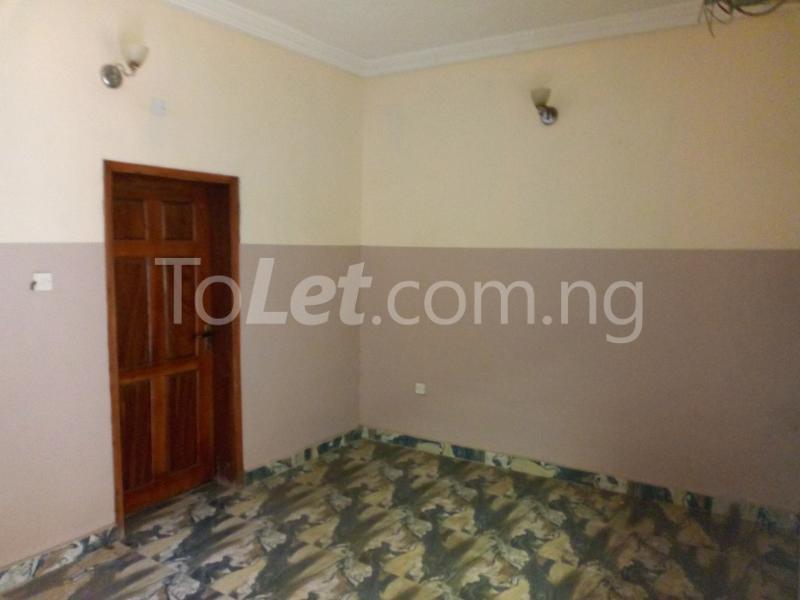3 bedroom Flat / Apartment for rent - Shomolu Lagos - 2