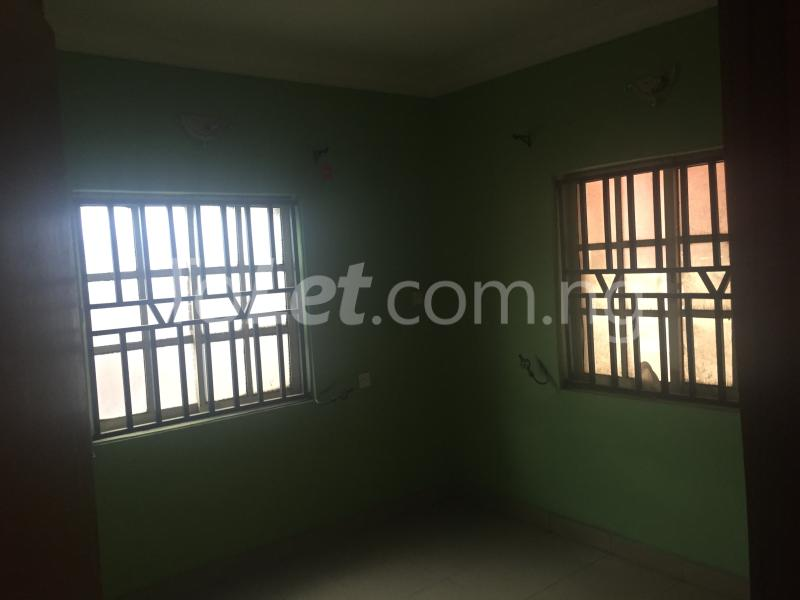 3 bedroom Flat / Apartment for rent LadyLak  Palmgroove Shomolu Lagos - 5