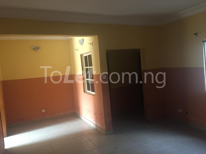 3 bedroom Flat / Apartment for rent LadyLak  Palmgroove Shomolu Lagos - 2