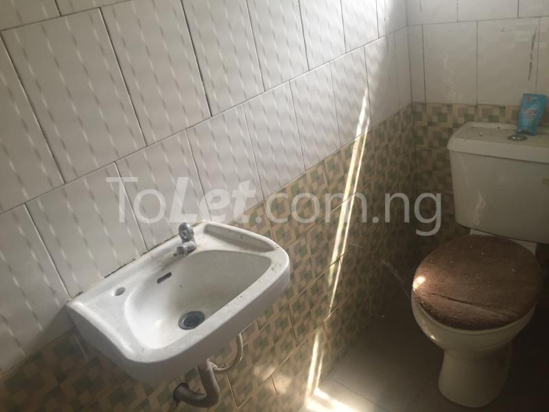 3 bedroom Flat / Apartment for rent LadyLak  Palmgroove Shomolu Lagos - 14