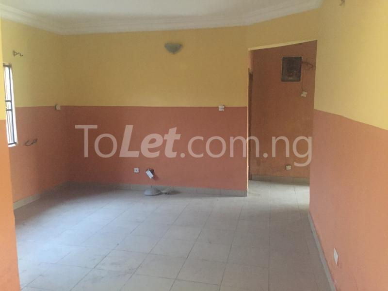 3 bedroom Flat / Apartment for rent LadyLak  Palmgroove Shomolu Lagos - 4