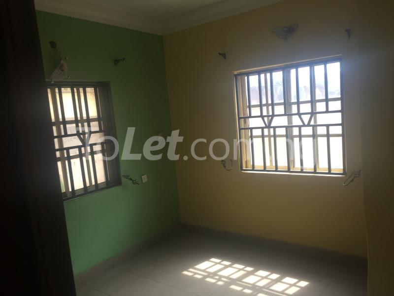 3 bedroom Flat / Apartment for rent LadyLak  Palmgroove Shomolu Lagos - 6