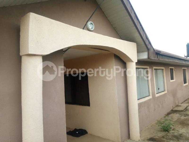 3 bedroom Self Contain Flat / Apartment for rent Olosan Ashipa off Akala express  Akala Express Ibadan Oyo - 5
