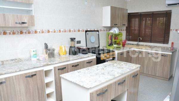 3 bedroom Flat / Apartment for shortlet off admiralty way Lekki Phase 1 Lekki Lagos - 7