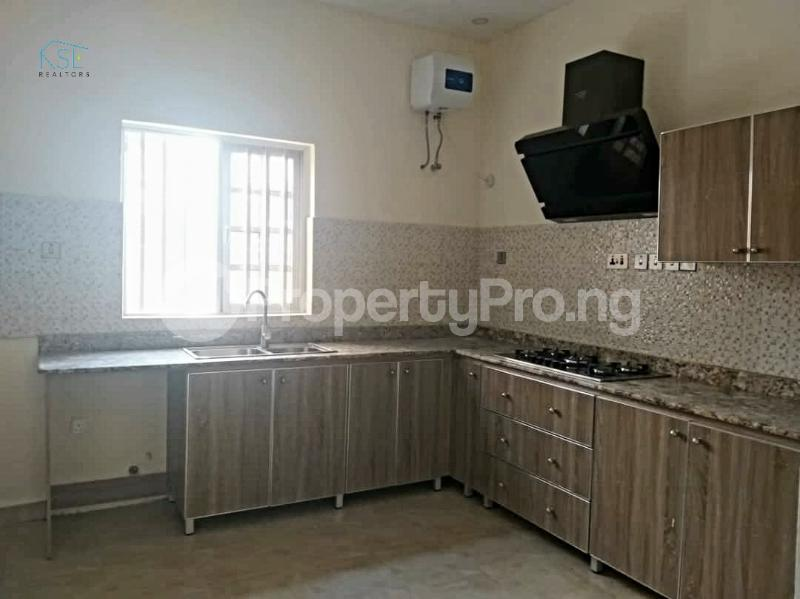 3 bedroom Flat / Apartment for rent Off admiralty way Lekki Phase 1 Lekki Lagos - 4