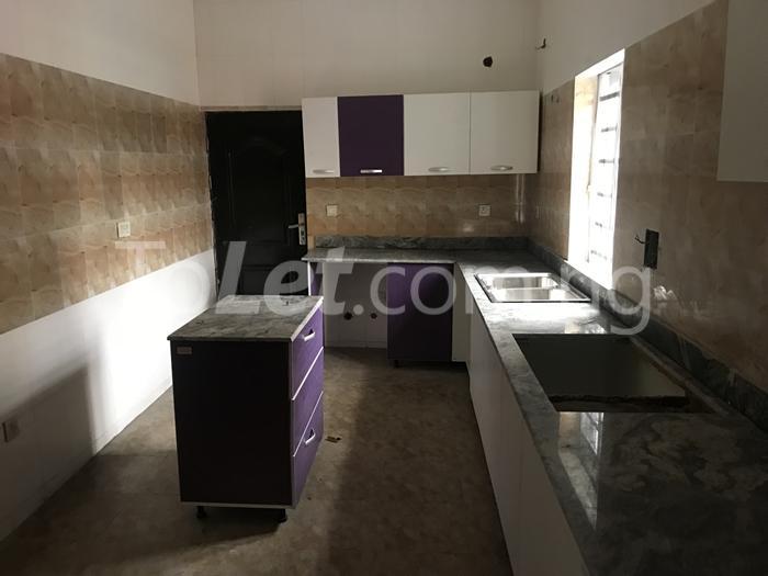 3 bedroom House for sale thomas estate Thomas estate Ajah Lagos - 1