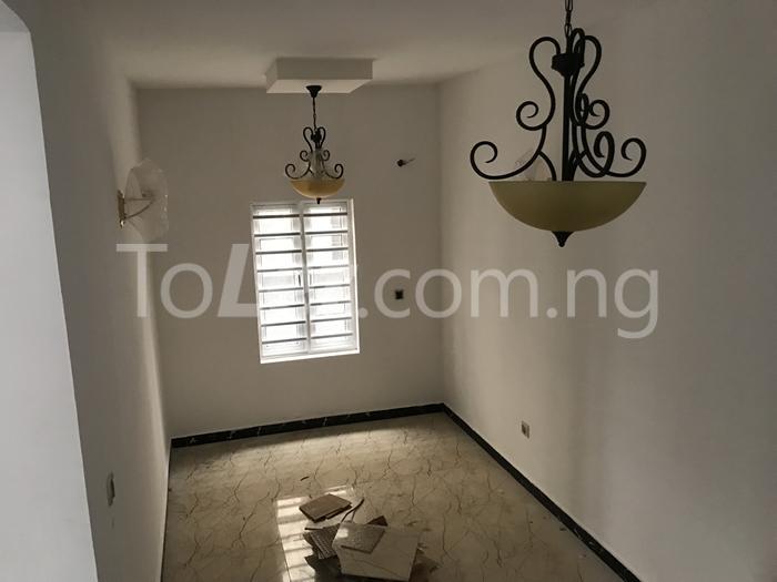 3 bedroom House for sale thomas estate Thomas estate Ajah Lagos - 3