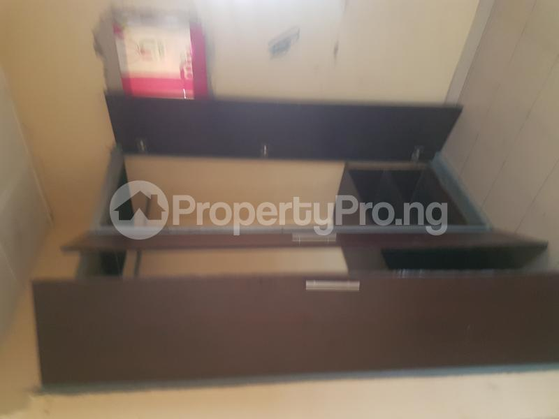 3 bedroom Flat / Apartment for rent Sam Shonibare Estate by Babatunde Street  Ogunlana Surulere Lagos - 2