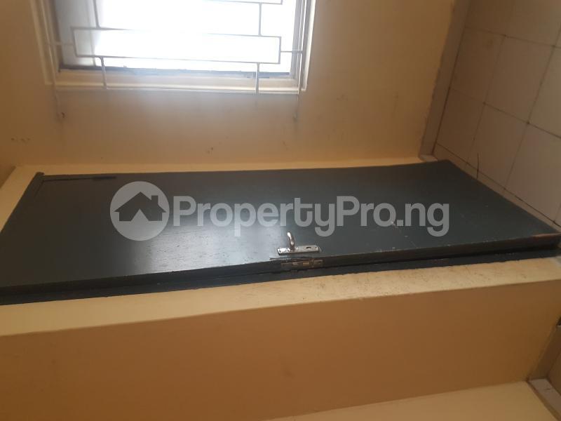 3 bedroom Flat / Apartment for rent Sam Shonibare Estate by Babatunde Street  Ogunlana Surulere Lagos - 7