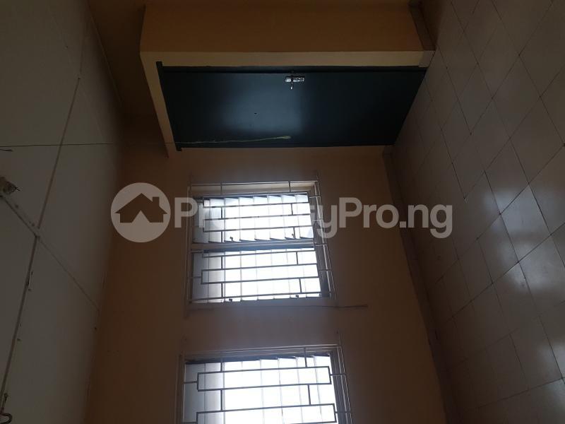 3 bedroom Flat / Apartment for rent Sam Shonibare Estate by Babatunde Street  Ogunlana Surulere Lagos - 6