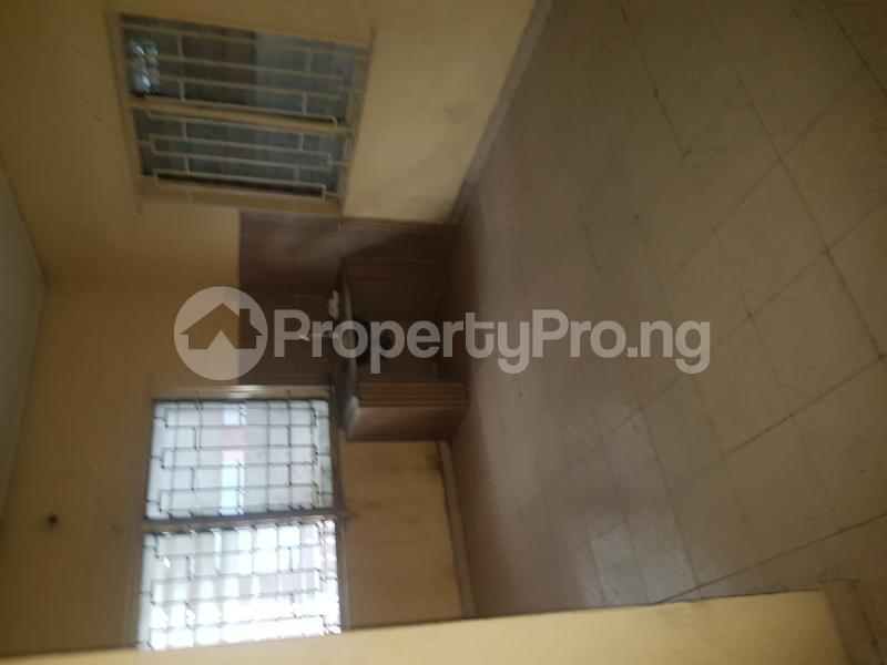 3 bedroom Flat / Apartment for rent Sam Shonibare Estate by Babatunde Street  Ogunlana Surulere Lagos - 9