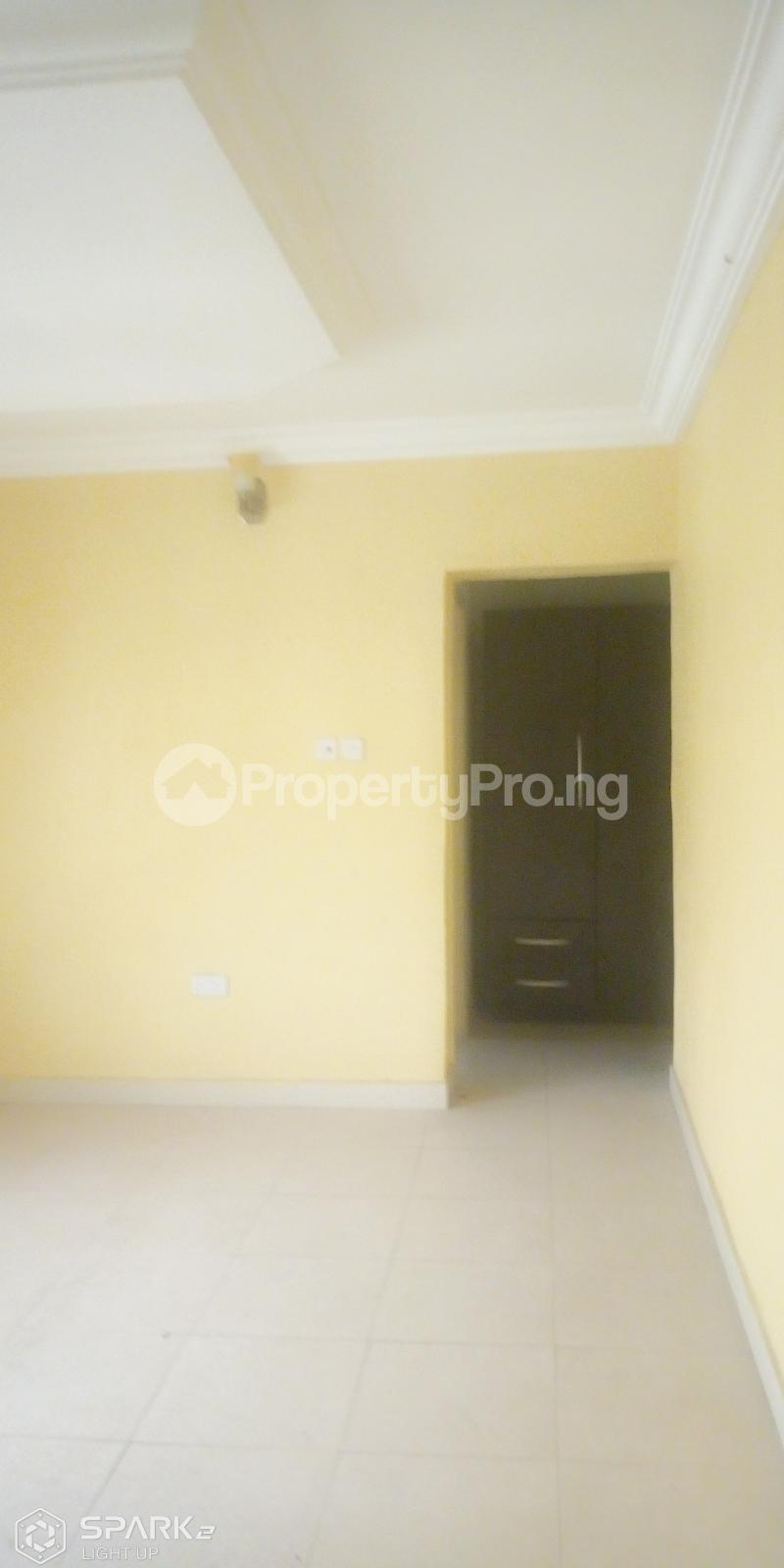 4 bedroom Semi Detached Duplex House for rent Magodo phase1 Magodo Isheri Ojodu Lagos - 3