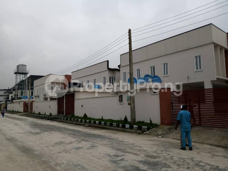4 bedroom Terraced Duplex House for rent orchid road by second toll gate chevron Lekki Lagos - 7