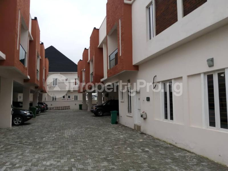 4 bedroom Terraced Duplex House for rent orchid road by second toll gate chevron Lekki Lagos - 1
