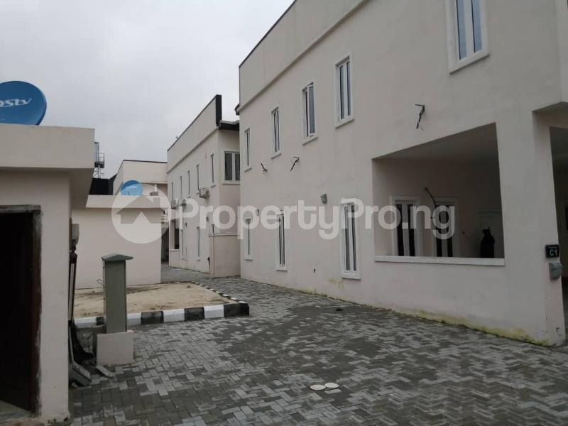 4 bedroom Terraced Duplex House for rent orchid road by second toll gate chevron Lekki Lagos - 0