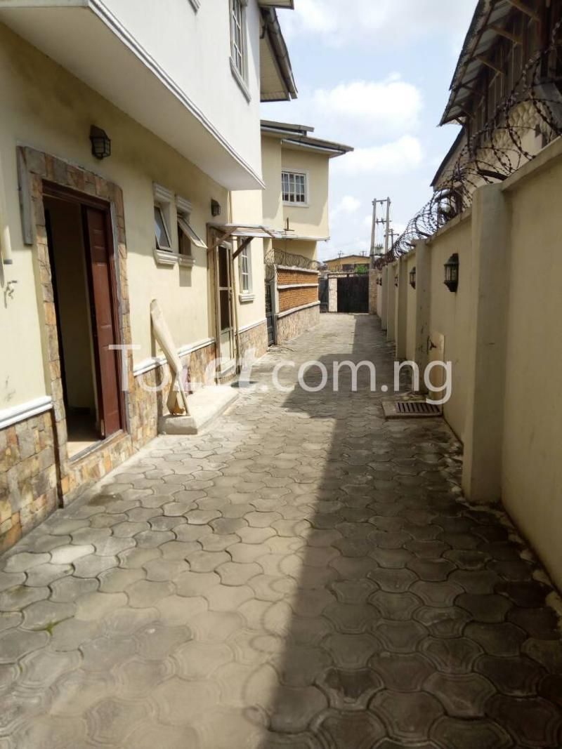 4 bedroom House for rent Off Adelabu Adelabu Surulere Lagos - 6
