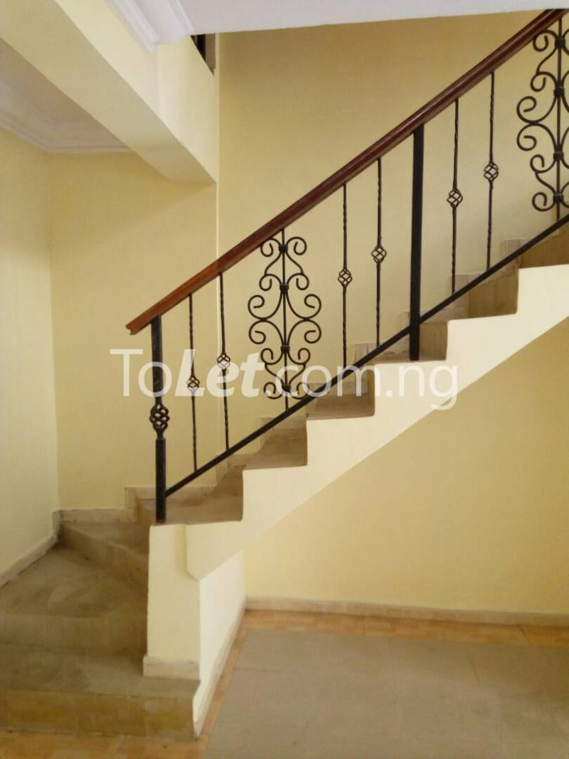 4 bedroom House for rent Off Adelabu Adelabu Surulere Lagos - 8
