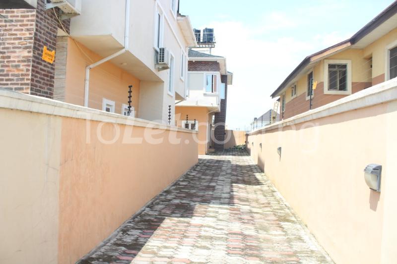 5 bedroom House for rent - Ikate Lekki Lagos - 9