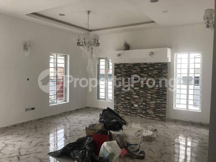 5 bedroom Detached Duplex House for sale chevy view estate, chevron Lekki Lagos - 1