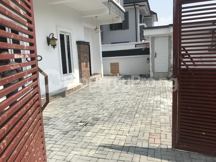 5 bedroom Detached Duplex House for sale chevy view estate, chevron Lekki Lagos - 12