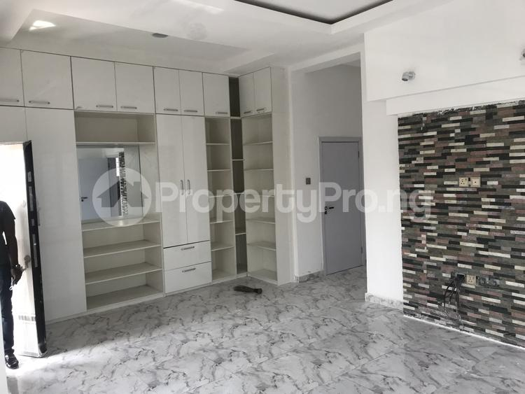 5 bedroom Detached Duplex House for sale chevy view estate, chevron Lekki Lagos - 9