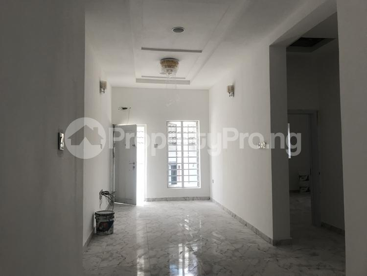 5 bedroom Detached Duplex House for sale chevy view estate, chevron Lekki Lagos - 4