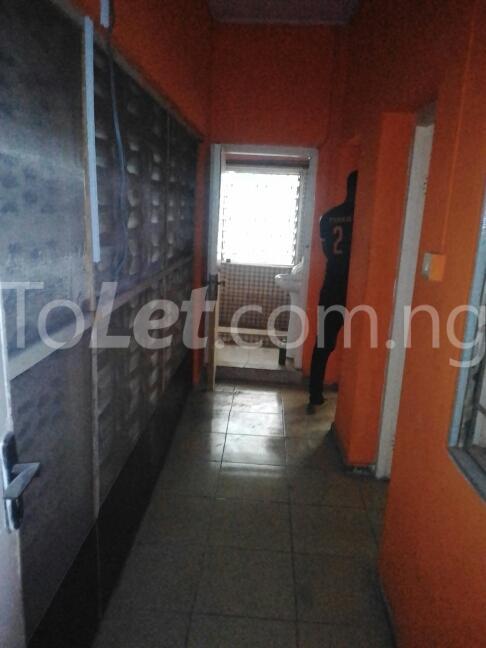 2 bedroom Flat / Apartment for rent Eric manuel crescent, Bode Thomas Surulere Lagos - 1
