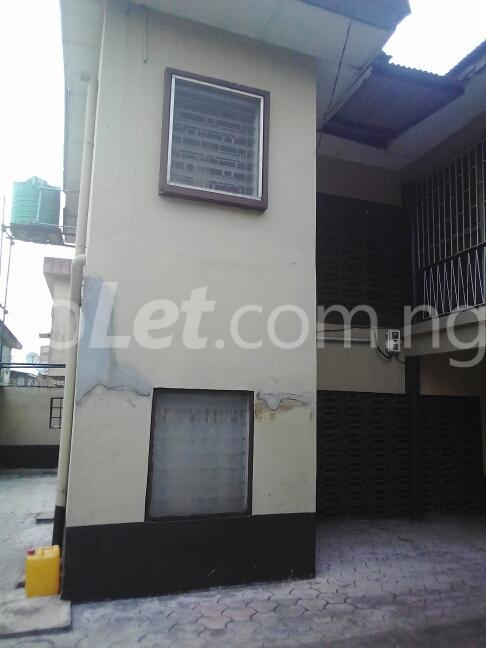 2 bedroom Flat / Apartment for rent Eric manuel crescent, Bode Thomas Surulere Lagos - 14