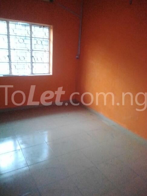 2 bedroom Flat / Apartment for rent Eric manuel crescent, Bode Thomas Surulere Lagos - 4