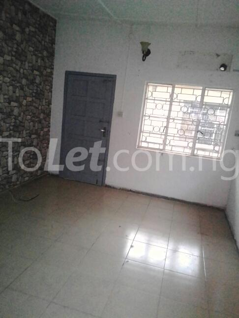 2 bedroom Flat / Apartment for rent Eric manuel crescent, Bode Thomas Surulere Lagos - 11