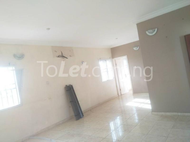3 bedroom Flat / Apartment for rent Soluyi Soluyi Gbagada Lagos - 4