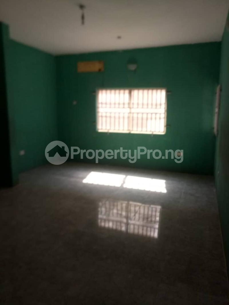 3 bedroom Office Space Commercial Property for rent Sabo Yaba Lagos - 4
