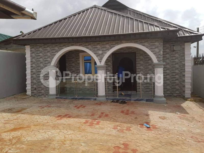3 bedroom Terraced Bungalow House for sale Ayetoro after Ayobo. Sango Ota Ado Odo/Ota Ogun - 1